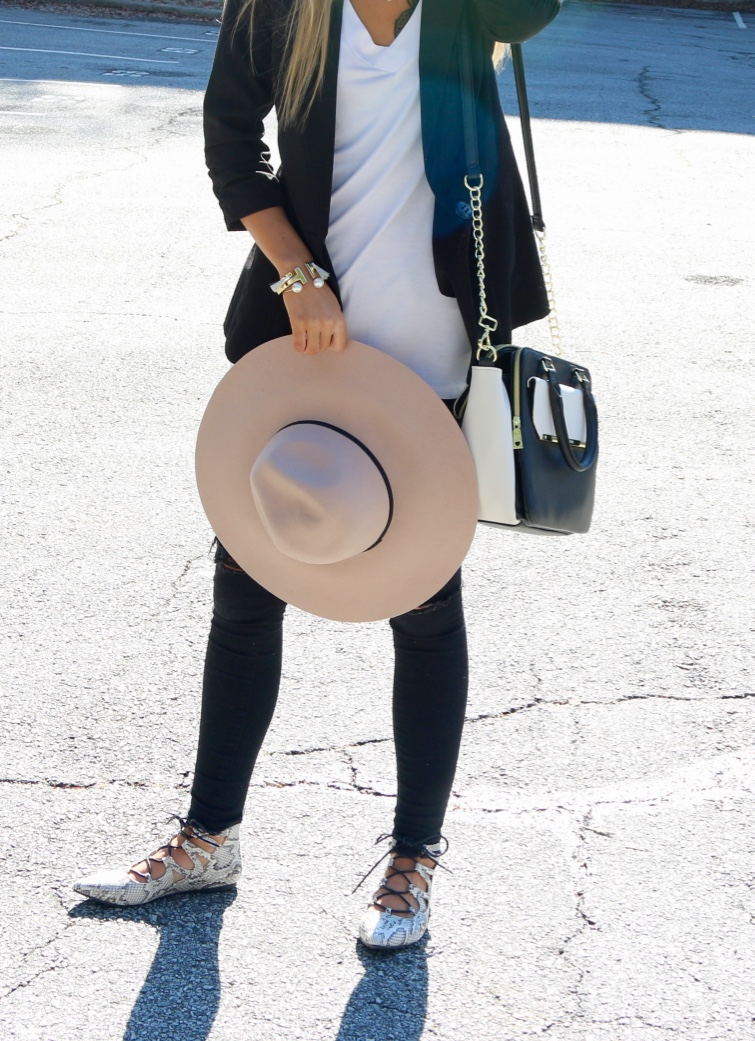 faux snakeskin lace-up flats & a floppy hat