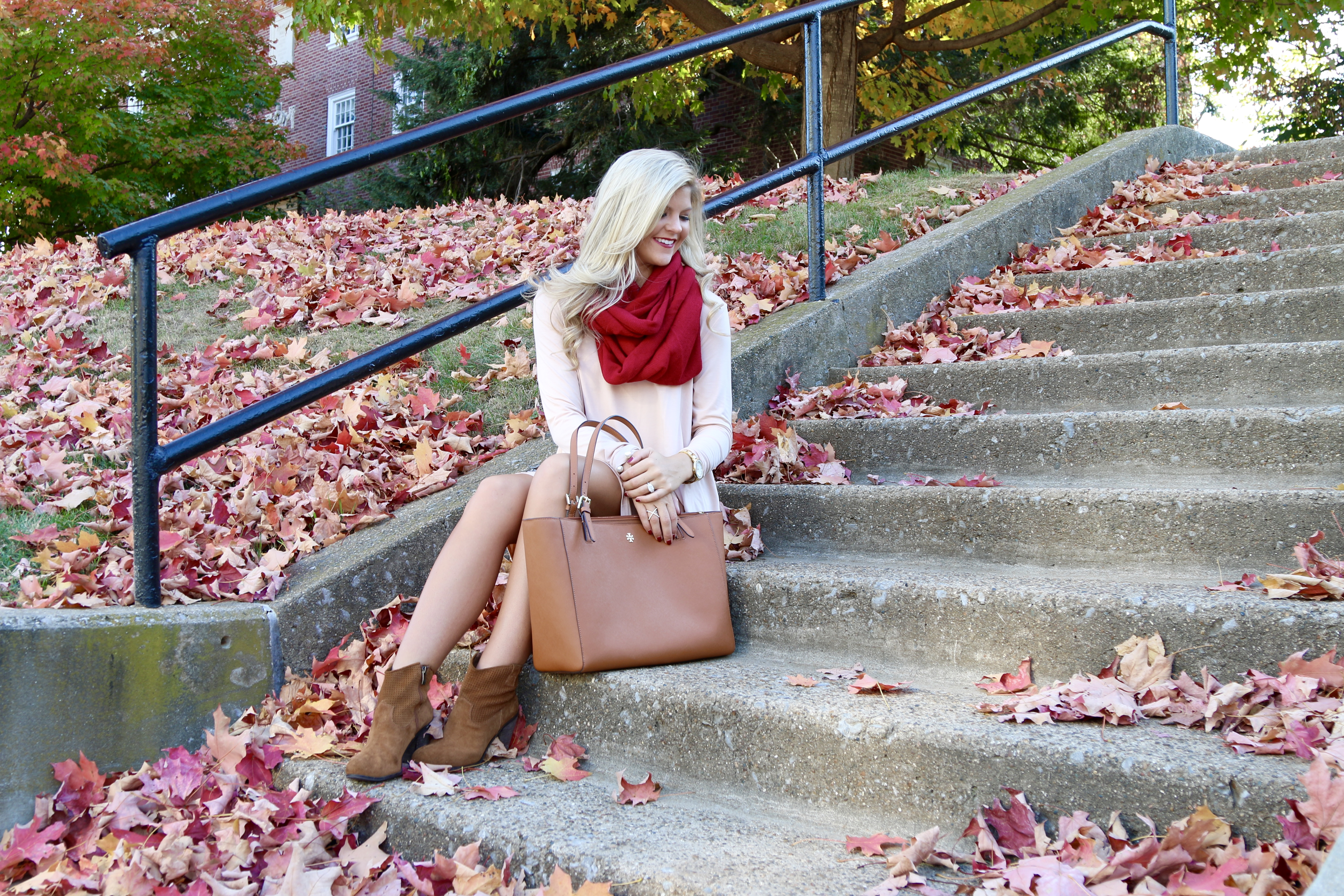 the cutest fall look!